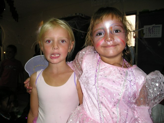 Nikita en Ashley als vlinder en prinses