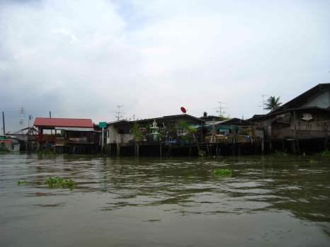 Klongs, zijtak van Chao Phraya river