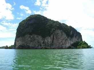 Phang Nga, de typische rotsen