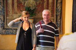 Vader en dochter in koninklijk paleis