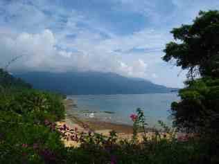 Uitzicht op ABC baai tijdens jungletrekking