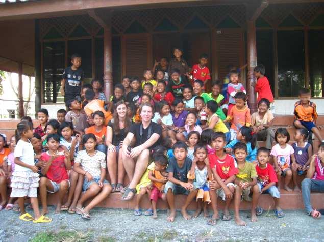 Alle kinderen uit het dorp