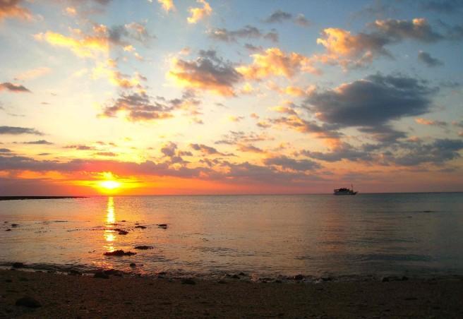 Zonsondergang op Kilo beach