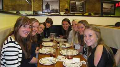 Tapas eten met de meiden