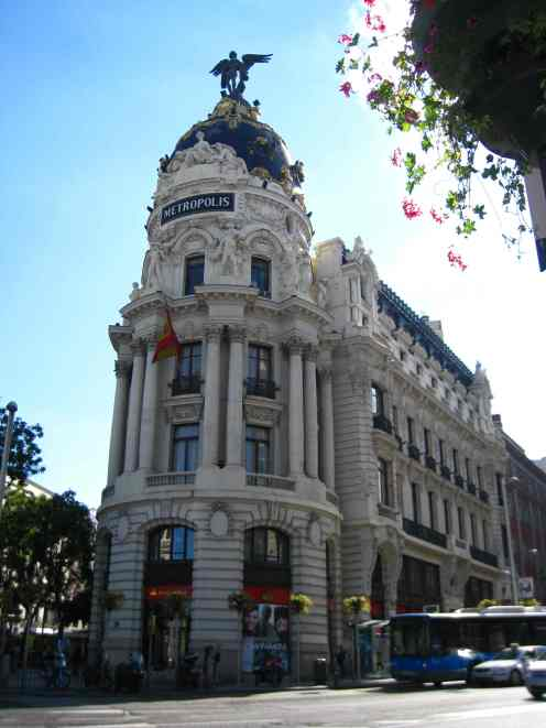 Madrid, Metrópolis gebouw