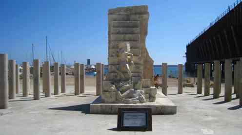 Almería, Holocaust monument