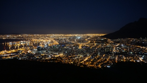 Cape Town by night vanaf Signal Hill
