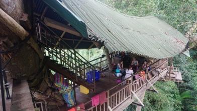 Treehouse #1, eetkamer