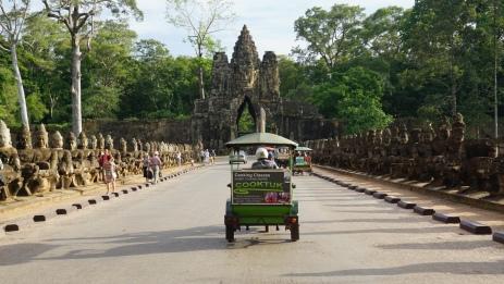 Met de tuktuk naar Angkor Thom