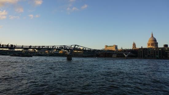 Milennium Bridge over de Theems